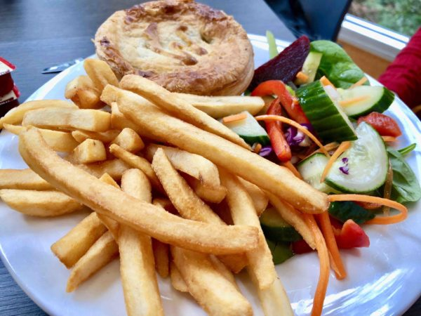 travel-tahune-airwalk-beef-mushroom-pie-justthesizzle